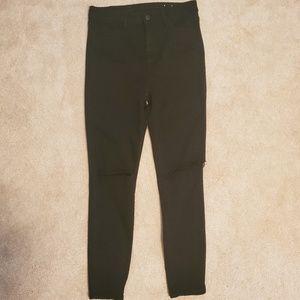 AE Black Super Hi Rise Jegging Jeans Cut Knees
